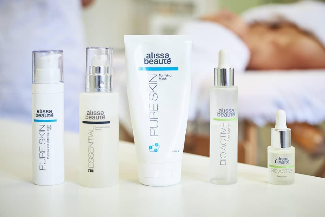 Tratamento da acne para o cliente #11   Como limpar a acne para o rosto.